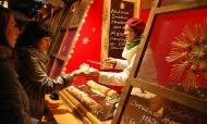 handbrot-verkauf-weihnachtsmarkt